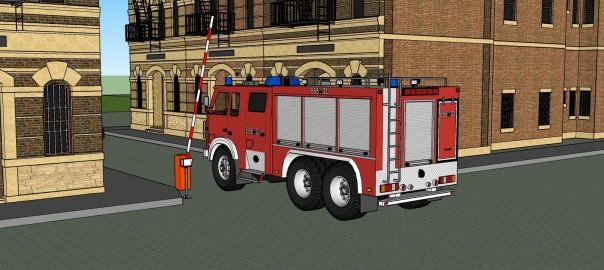 Пожарная машина въезжает во двор; шлагбаум открыт